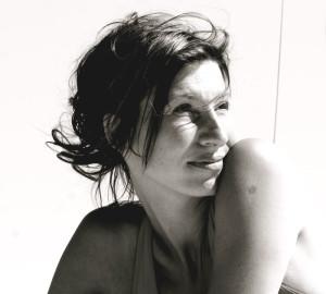 Nicole Apelian headshot